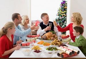 Comida familiar en navidad.