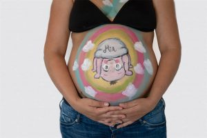 Fotografía de belly painting en Granollers