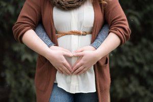 Fotografía en exterior de embarazo