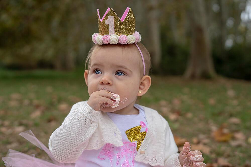 Fotografía de smash cake en su primer cumpleaños