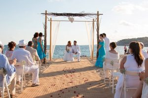 Fotógrafo de ceremonia de bodas